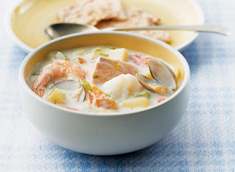 classic maritime seafood chowder large
