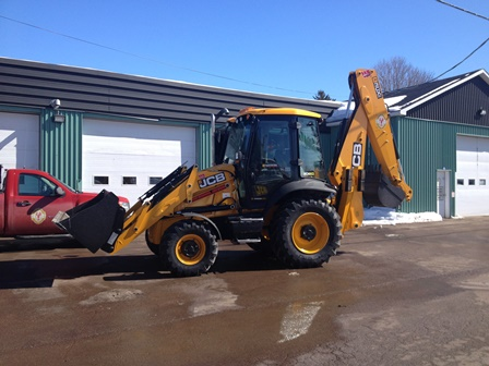 2015 Photo Backhoe - web small